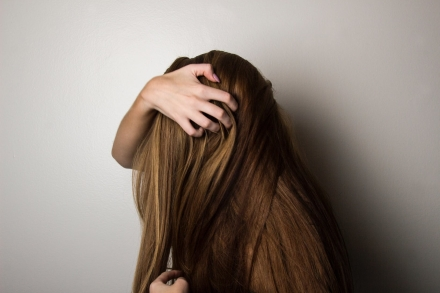 3 solutions efficaces pour les cheveux abîmés